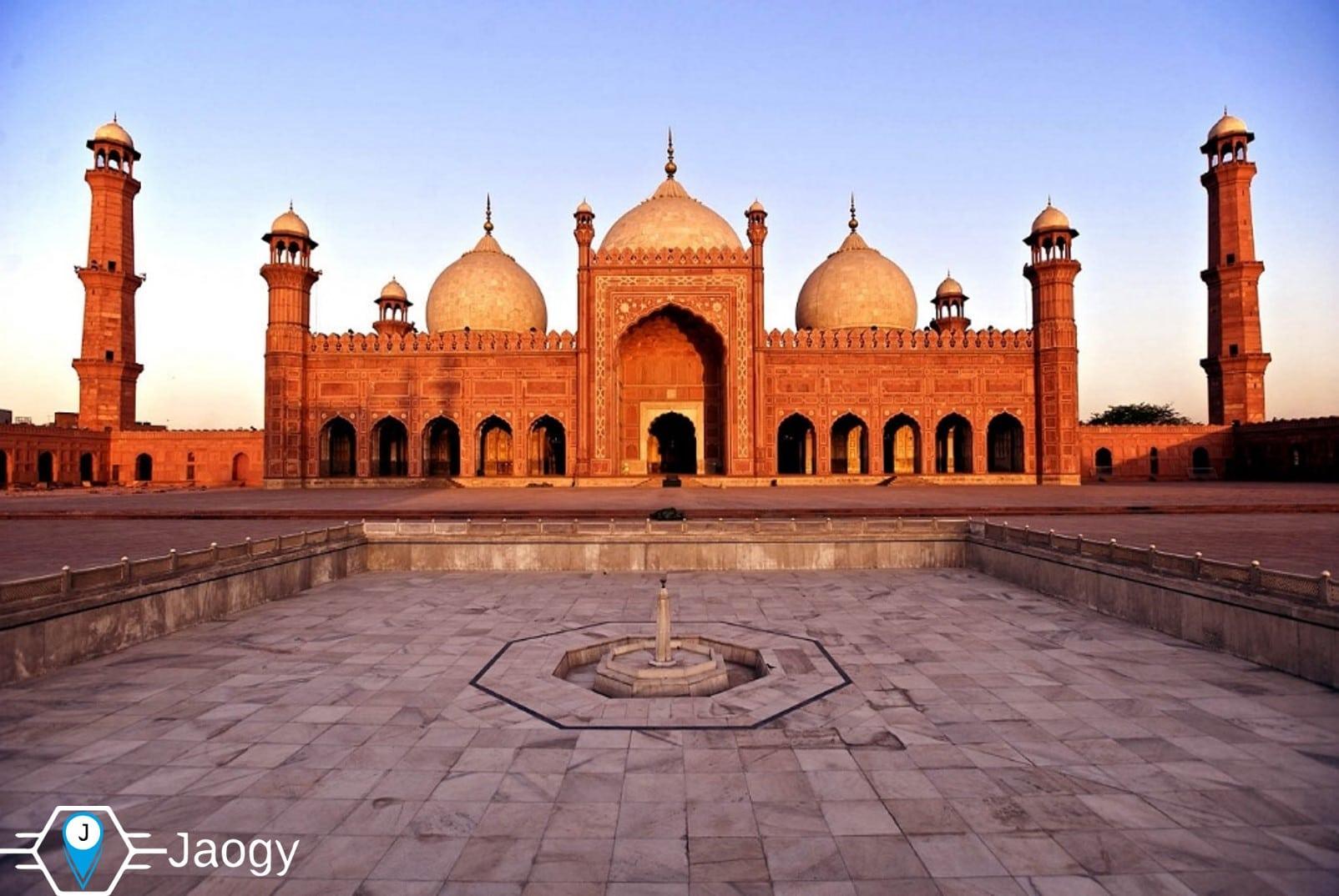 Badshahi masjid Lahore Punjab Jaogy